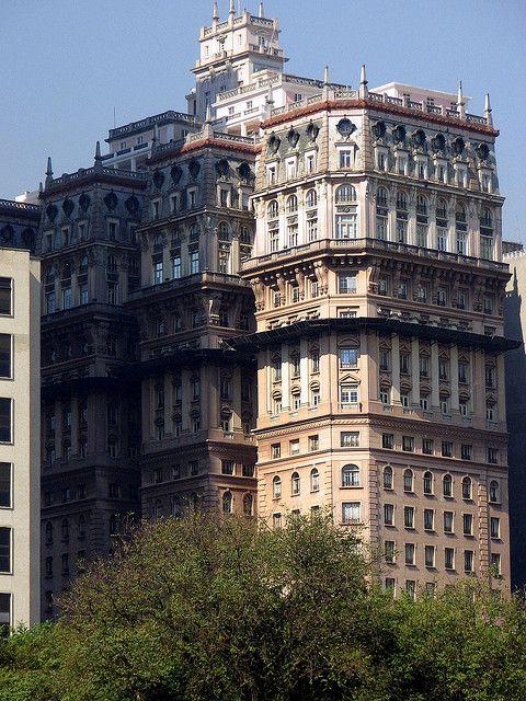 Edifício Martinelli, São Paulo , Brazil - built in the 1920s, Brazil's 1st skyscraper