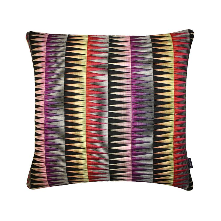 88 best Pillow Inspiration images on Pinterest Bedding, Bedding sets and Decorative bed pillows