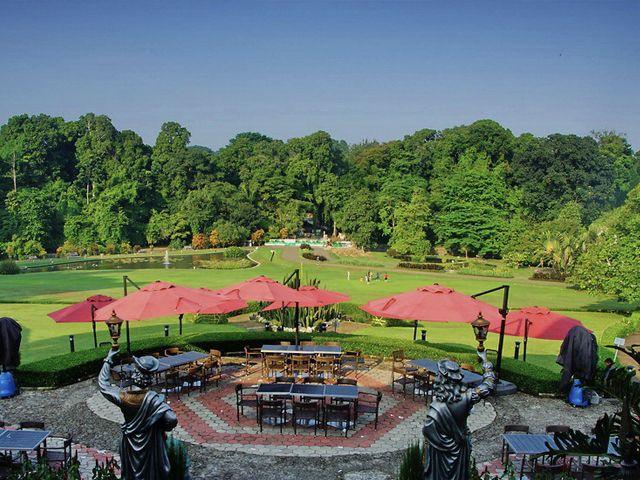 Grand Green Cafe, tempat Obama menikmati sajian tradisional di Bogor.