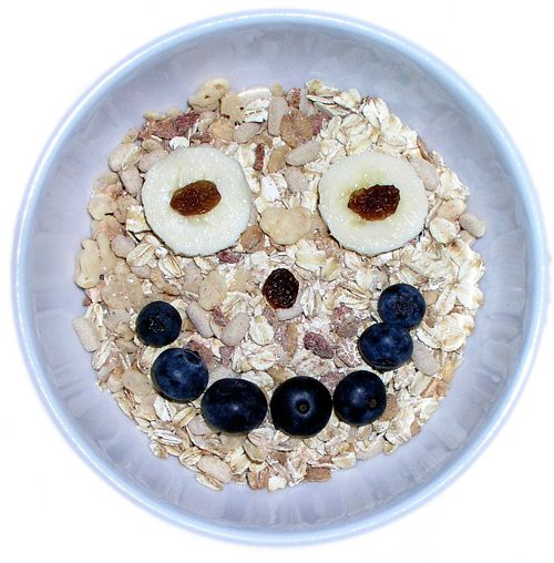 Cereal and Fruit |  Back to School: Best Breakfasts for Kids' Brains