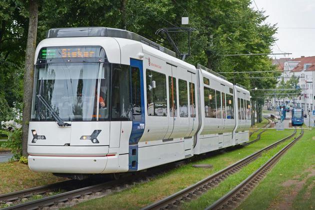 Fehlermeldungen an der Haltestelle Prießallee in Bielefeld +++  Stadtbahn musste ins Depot