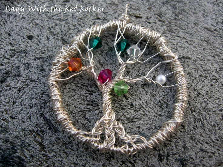 How to make a family tree pendant: Diy Families, Jewelry Tutorials, Mothers Day Gifts, Families Trees Projects Ideas, Pendants Tutorials, Wire For, Wire Trees, Trees Pendants, Tree Of Life
