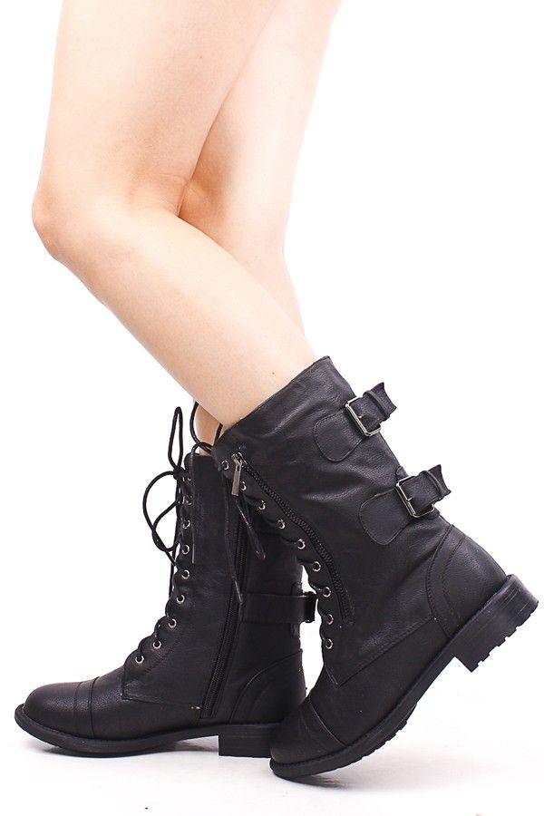 Model Lace Up Black Leather Combat Boots With Fur For Women
