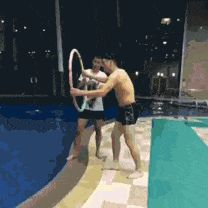 view gifs at post http://beartales.me/2015/05/22/great-gifs-22-may-2015/