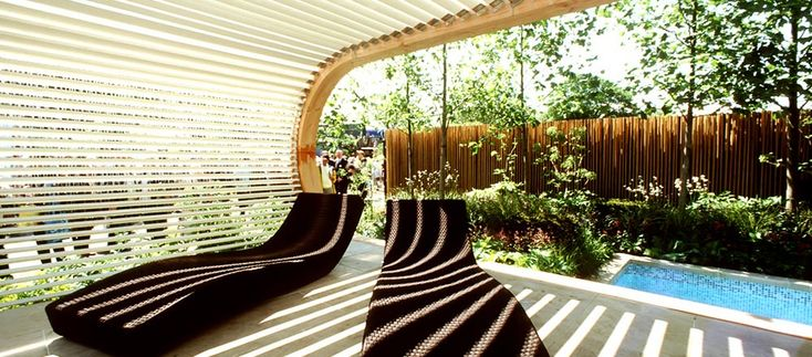Paola Lenti Wave loungers at Chelsea Flower Show