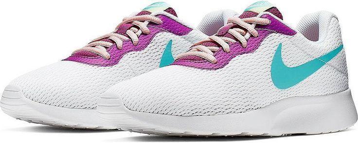 Nike sportswear, Sneakers