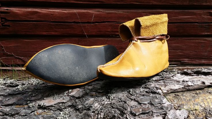"""First pair of viking Hedeby shoes """"Tom Bombadill"""" made by me."""