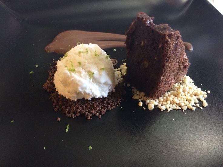Brownie with #evoo lechin