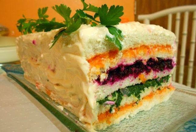 Torta Fria Salada Light, essa e mais Receitas deliciosas da Ana Maria, você só confere aqui no site ReceitasAnaMaria.net