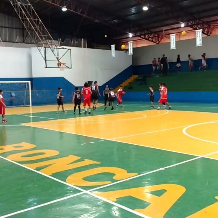 Vicentino Santa Cruz/Campo Mourão 63 x 8 Colégio Ulysses Guimarães/Roncador no basquetebol dos JEPs em Roncador - Blog do Orlando Gonzalez