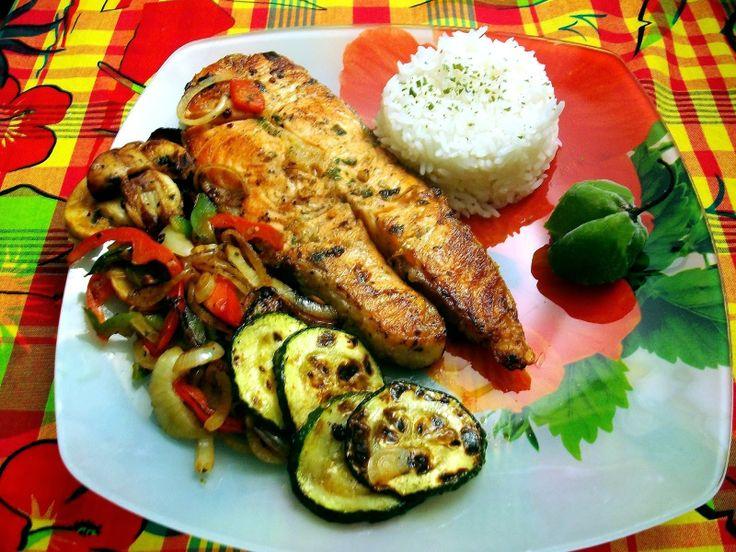 Darnes de saumon grillés aux petits légumes