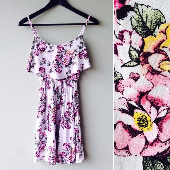 """Cotton On Dress Beautiful floral pattern dress by Cotton On.  Designed in Australia.  Adjustable straps allow for a customizable length of ~31"""" and up to ~33"""".  Bundle this item along with 2 or more items from my closet and save an extra 10% off!   Feel free to comment below if you have any questions :)  Thanks Cotton On Dresses"""
