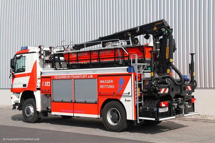 Transportfahrzeug für das Rettungsboot (RB) Allradgetriebenes Fahrzeug, dass auch in unwegsamen Gelände bewegt werden kann Rüstwagen für techni...