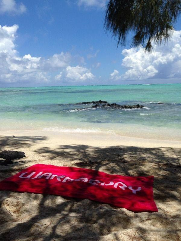 A Wakaberry towel - the perfect holiday accessory!
