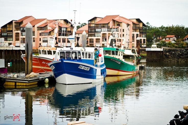 barco amarrando, para repostar fuerzas en la fotografía 274#366fotos http://gorkamartinez.blogspot.com.es/2012/09/274366fotos.html