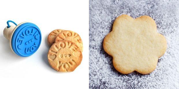 Basis Koekjesdeeg. Eigenlijk zijn koekjes van basiskoekjesdeeg helemaal zo gek nog niet. Het deeg vloeit niet uit en is ook nog eens heel delicious.