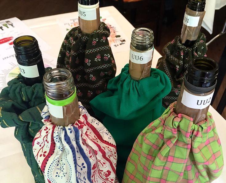 Bottles in bunt. ©casowi