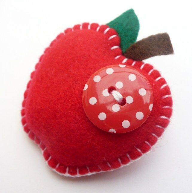 Juicy Apple Felt Brooch - Lovely Teacher Gift