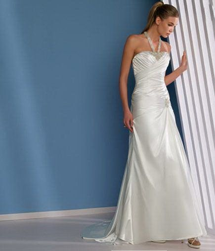 D' Amore Bridal Salon is one of the youngest bridal businesses of Netherlands with passion and enthusiasm.