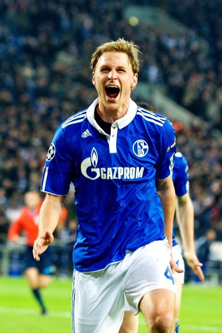 Benedikt Howedes - Schalke 04, Germany.