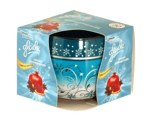 Glade spiced pomegranate scented candle 120g