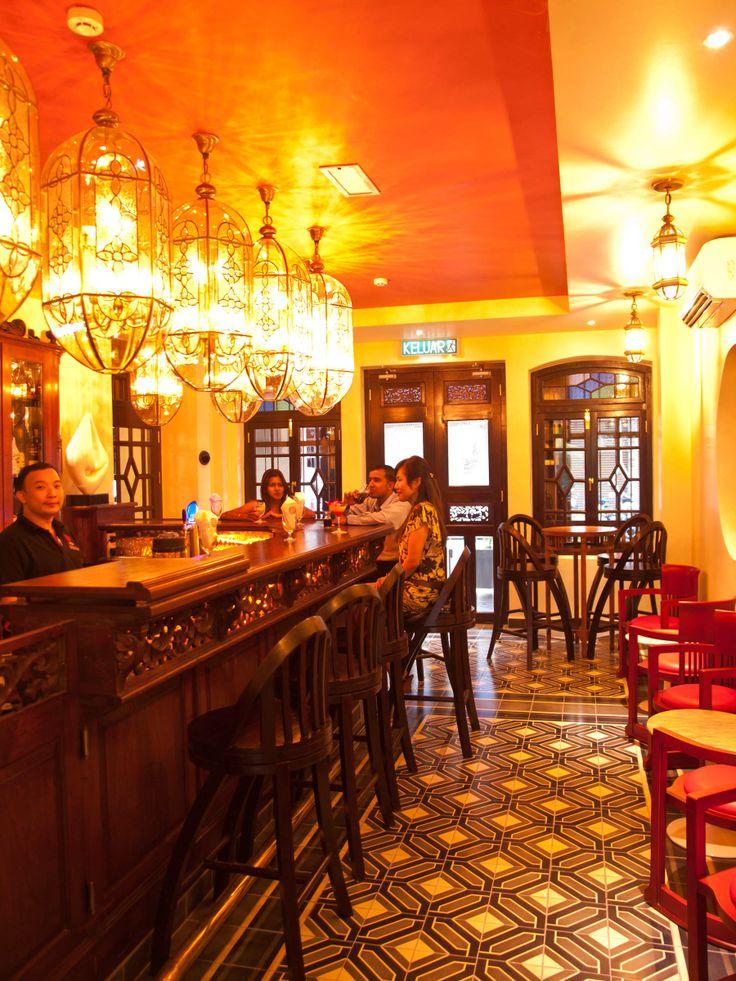 Hotel Penaga, Georgetown   Penang Tanglung Bar