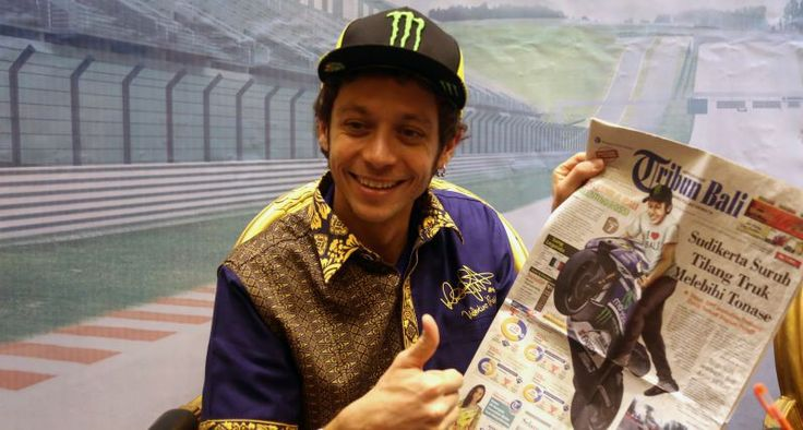 Valentino Rossi Greets Indonesian Fans at Yamaha Indonesia's Dealer Meeting - http://superbike-news.co.uk/wordpress/Motorcycle-News/valentino-rossi-greets-indonesian-fans-at-yamaha-indonesias-dealer-meeting/