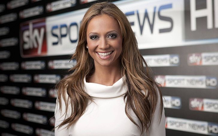 Kate Giles is a gorgeous English journalist. She works for Sky Sports in the United Kingdom. She previously worked at a German TV, DW-TV as an anchor. Kate was born on September 8, 1981 in Manchester, England, United Kingdom. She is mainly known as Kate Abdo. She took the name Abdo after her marriage.