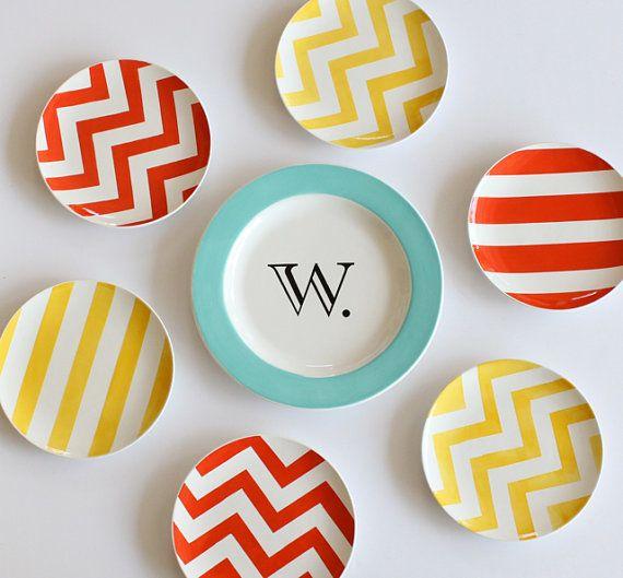 Great custom-painted plates. From AedrielOriginals.