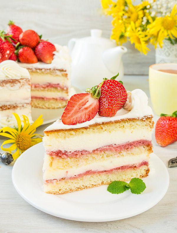 Как приготовить Клубничный торт с двумя кремами - проверенный пошаговый рецепт с фото на Вкусном Блоге