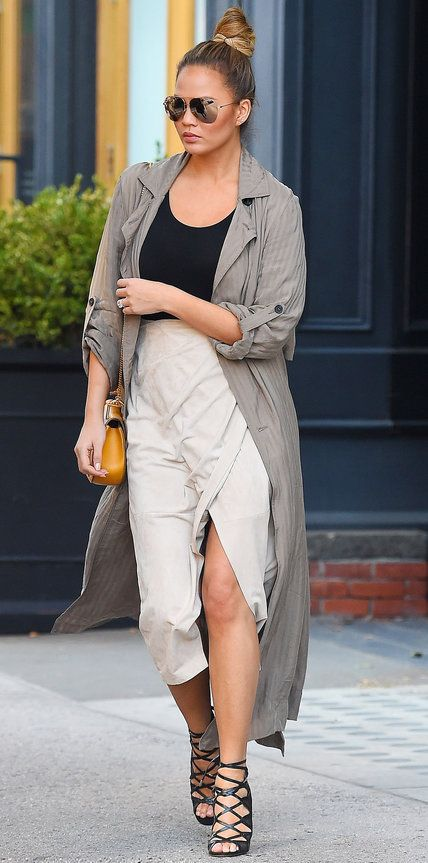 Chrissy Teigen's Chic Maternity Style - November 15, 2015 - from InStyle.com