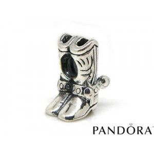 Must have!! cowgirl boots! (: its a pandora charm to add to my bracelet(((: