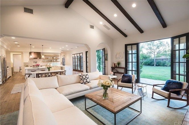 Real estate baller Lauren Conrad flips out in Pacific Palisades – Yolanda's Little Black Book