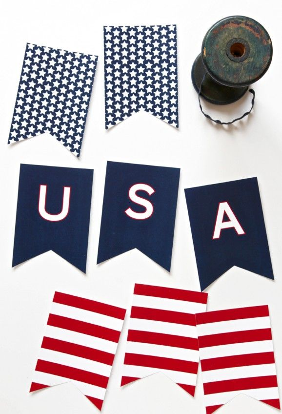 Free Printable USA Banner for the Fourth of July via @PagingSupermom.com.com.com.com.com.com--love this!