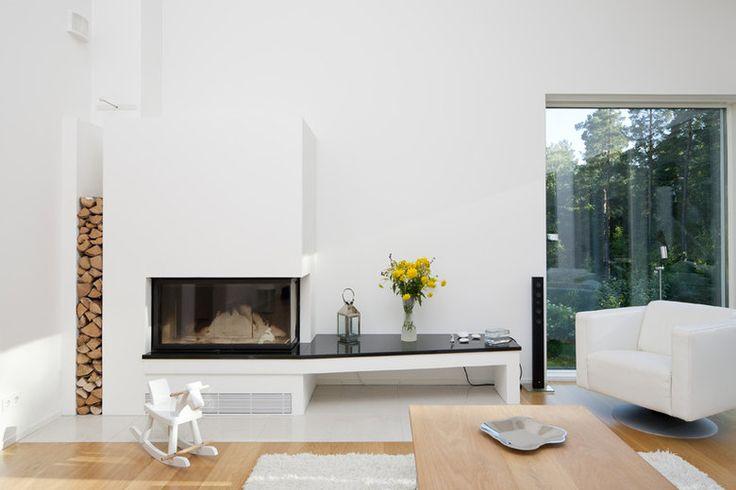 Takka tuo tunnelmaa olohuoneeseen, lisää ideoita www.lammi-kivitalot.fi