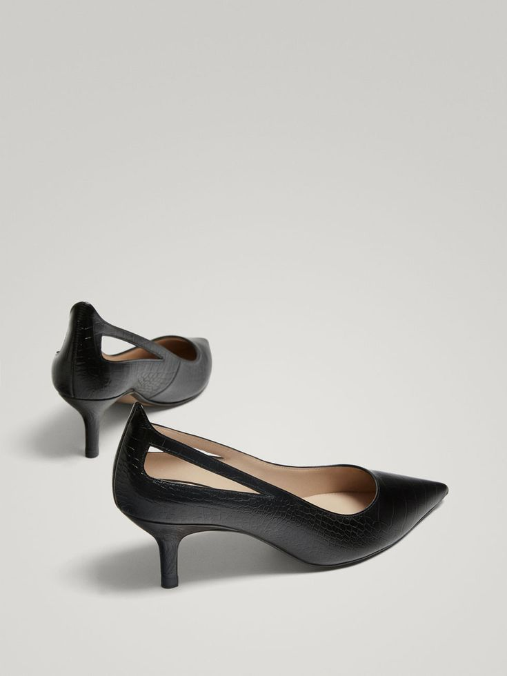 Spring Summer 2018 Women´s BLACK LEATHER HIGH HEEL COURT SHOES WITH EMBOSSED ANIMAL PRINT at Massimo Dutti for 79.5. Effortless elegance!