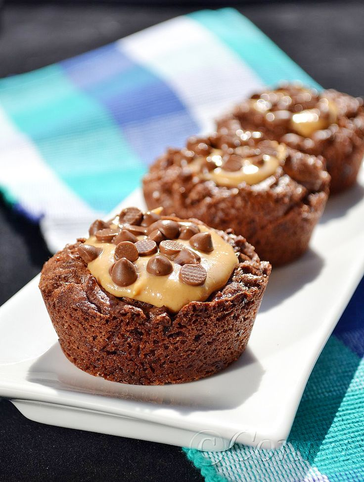 Sabor: Σοκολατένια brownies με φυστικοβούτυρο / Chocolate brownies with peanut butter