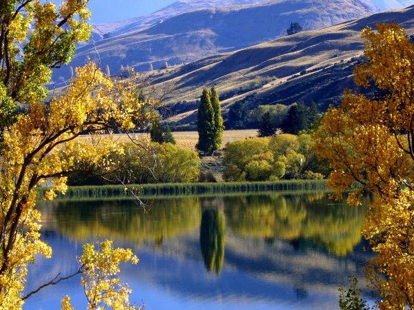 Autumn Lake Hayes Queenstown