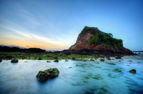 kuta beach center lombok island