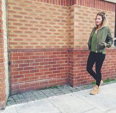 Caroline Receveur / 8 mai 2015Outfits