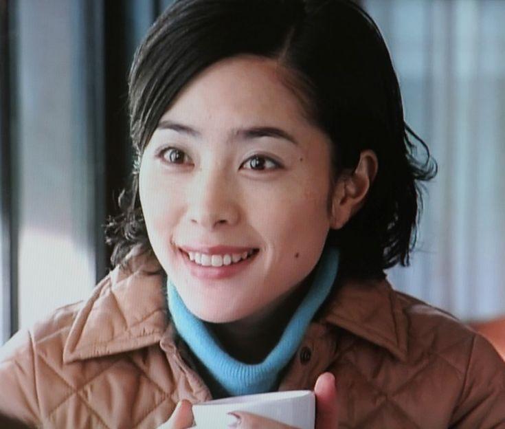 """深津絵里主演、2002年フジテレビ ドラマ「恋のチカラ」。/ The J drama  """"Power of Love"""" starring Eri Fukatsu."""