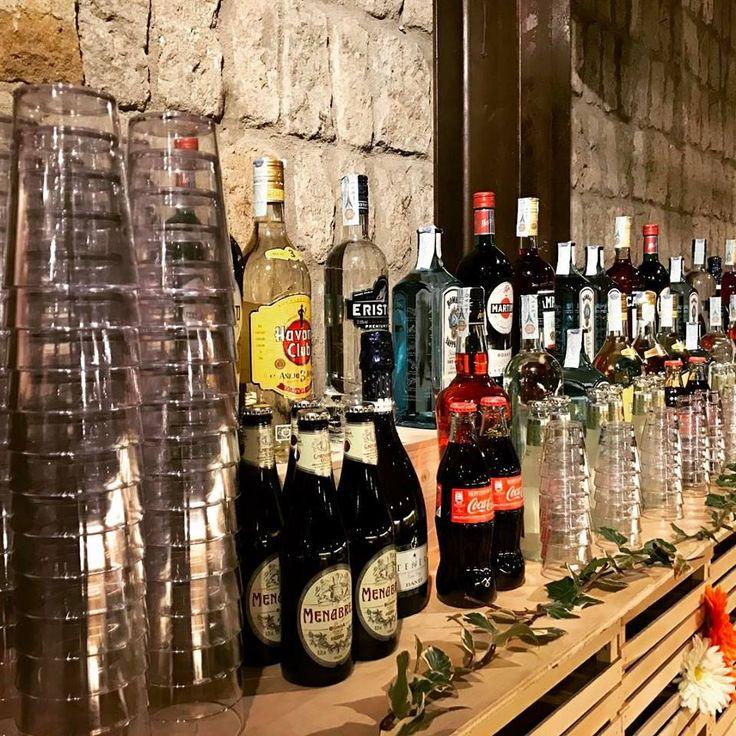 wedding bar, bartender, event, cocktail, tumbler