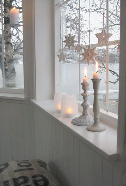 White coastal Christmas decor beautiful candlesticks