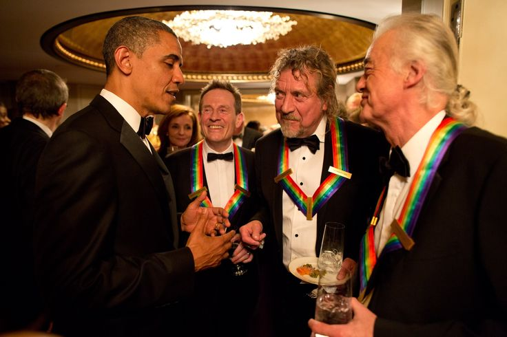 "the kennedy center honors 2012 Robert Plant, John Paul Jones e Jimmy Page. 43:04 ""Beth Hart & Jeff Beck-I'd Rather Go Blind"" 1:15:20 ""Foo fighters - Rock and..."