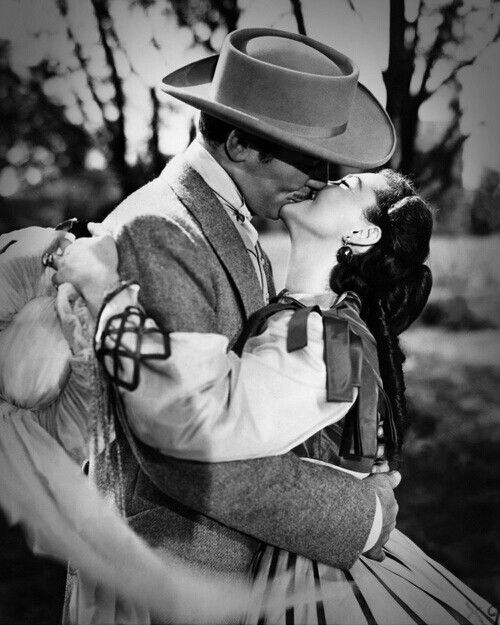 """You should be kissed and often, and by someone who knows how."" - Gone with the wind (Victor Fleming, 1939)"