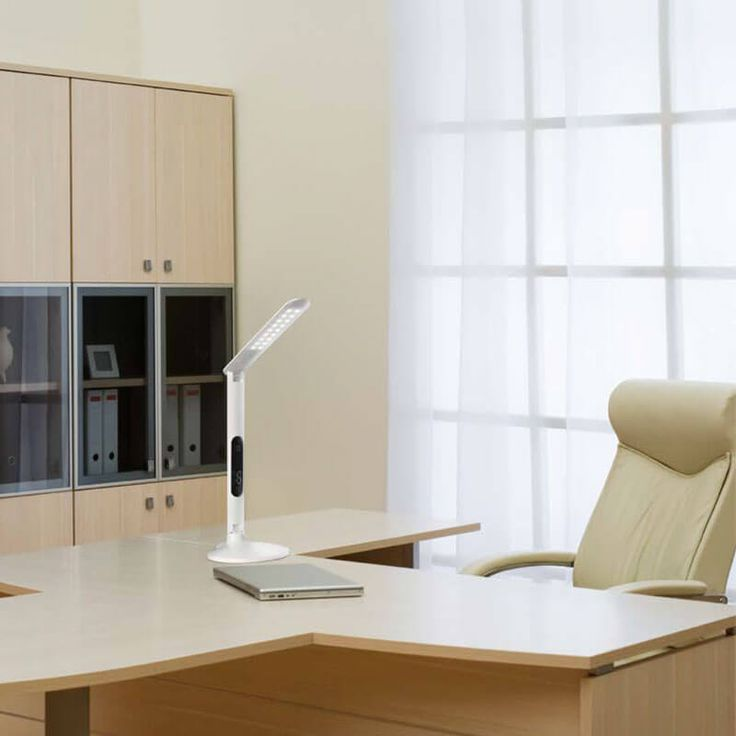 Flexo de estudio para sobremesa con tecnología LED y pantalla digital multifunción. #flexo #sobremesa #led #rgb #táctil #lamparas #ofertas