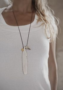 Birds of a Feather necklace  Adjustable, gold plated plate, horn/bone, 50cm