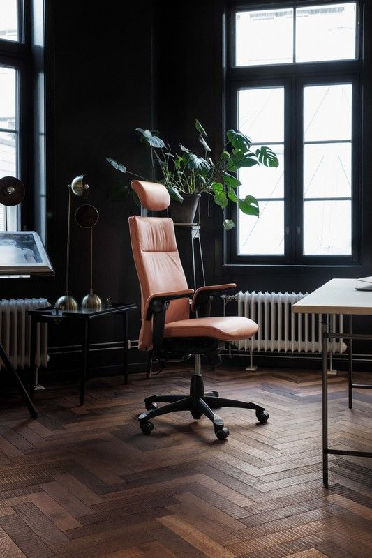 Easy-to-use luxury task chair that allows excellent freedom of movement. #InspireGreatWork #design #office #Scandinavian