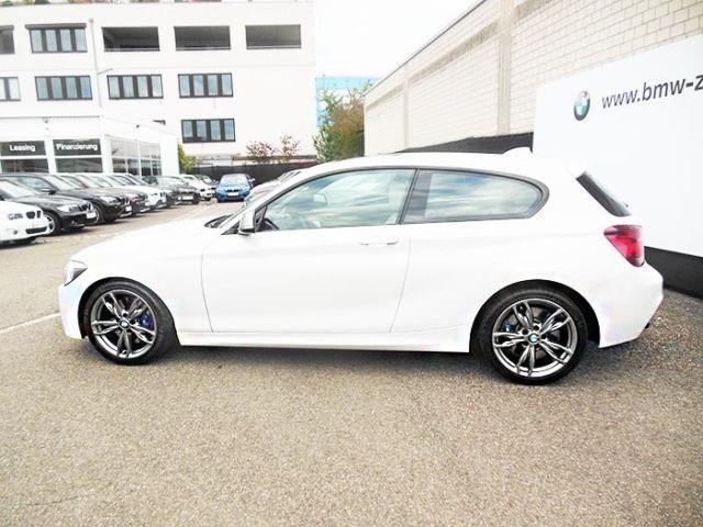 BMW M135 i Sport-Aut. Leder Navi DAB-Tuner 5-Sitzigke - 4