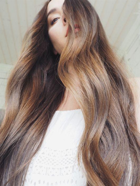 Kesän rennoimmat hiustyylit ja parhaat muotoilutuotteet